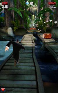 protagonista del juego corriendo por la selva